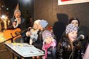 Také v Táboře se zpívaly koledy.