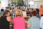 Veselí nad Lužnicí se baví svou městskou slavností.