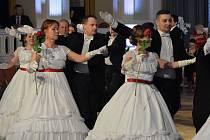 Město Tábor se po dvaceti letech dočkalo obnovení městského plesu, došlo k němu mimo jiné u příležitosti oslav 600. výročí založení města. (Foto: Daniel Pekař)
