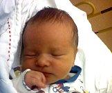 Erik Lukeš z Pacova.  Narodil se 15.listopadu ve 21.50 hodin jako druhé dítě Kláry a Michal. Po narození vážil 3230 gramů a měřil  50 cm. Doma na něj čekala sestřička Eliška.