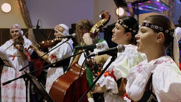Charitativní koncert vynesl Rolničce přes 17 tisíc korun.