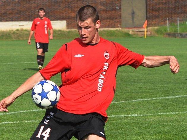 Jan Stoszek srazil pěti góly do kolen divizní Polnou, ve finále už se ale vinou zdravotních obtíží na hřišti neobjevil.