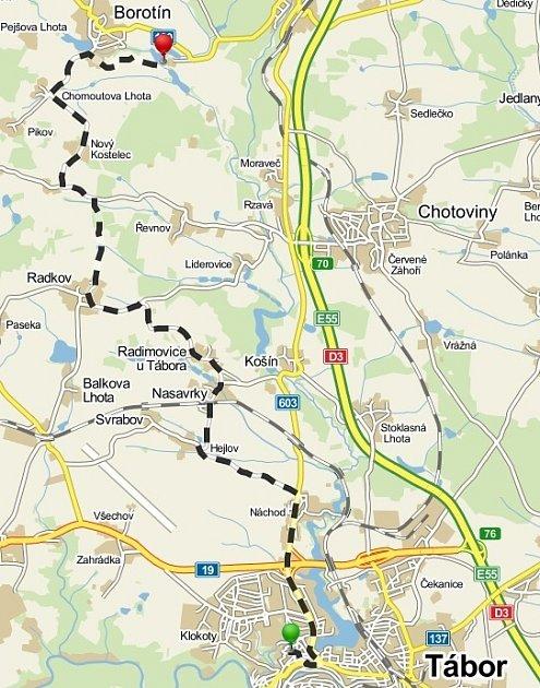 Cyklotrasa na Borotín vede krásnou přírodou zTábora přes Nasavrky, Radkov či Chomoutovu Lhotu.