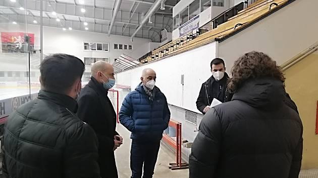 Vakcinační centrum vznikne v Táboře na zimním stadionu.