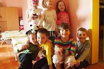 Děti ze školky vyprávěly o lásce.