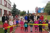 První akcí je zvelebení zahrady Mateřské školy ve Světlogorské ulici v rámci výzvy Zelená planeta, kterou financuje především Fond životního prostředí ČR. Druhou chloubou školy je zmodernizované školní hřiště a nová opěrná zeď v Helsinské ulici.