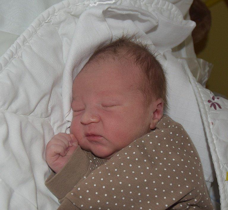 Daniel Šanda z Košic. Přišel na svět 26. září ve 3.29 hodin s váhou 3860 gramů a mírou 51 cm. Je druhým synem v rodině, má tříletého brášku Marka.