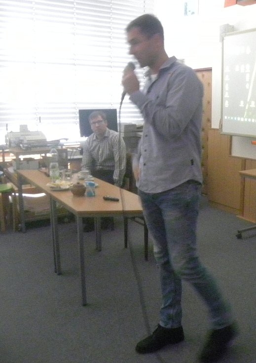 Setkání s mistrem světa v letecké akrobacii Martinem Šonkou v Plané nad Lužnicí.
