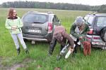 Letos se Martin Kovář z Roudné rozhodl přizvat k záchraně srnčat i veřejnost. Vstávání v 5 ráno za zachráněné životy zvířat podle něj určitě stojí.