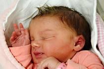 Martina Šimečková z Dražic. Narodila se rodičům Marii a Vladislavovi 1. října 2019 v 8.16 hodin. Po porodu vážila 3220 gramů a doma už má sestřičku Magdu, které je tři a půl roku.