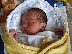 ONDŘEJ JORDÁN z MILEVSKA. Přišel na svět 23. srpna ve 23.04 hodin. Vážil 3950 g a měřil 54 cm. Je prvním miminkem maminky Veroniky.