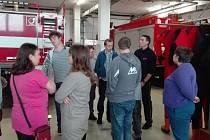 Návštěva u hasičů se podařila.