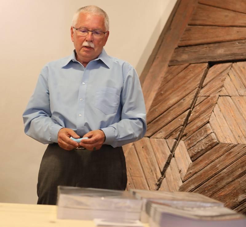 V pondělí 19. července se konal slavnostní křest knihy Lidová architektura v jižních Čechách a zájemci mohli vyrazit také na odbornou exkurzi po městě nebo na besedu s autory a památkáři.