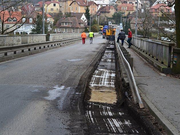 Ve středu začala oprava a uzavírka Švehlova mostu v Táboře.