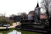 V soutěži Vesnice roku se už Radimovice u Želče radovali například z Ceny hejtmana, kterou získaly za přespolní běh Radimovický koňák.