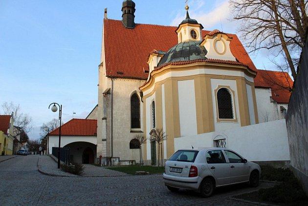 Klášter v Bechyni, v němž sídlí ZUŠ Václava Pichla.