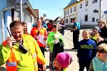 V Košicích se do úklidu pustili s pomocí dobrovolných hasičů.