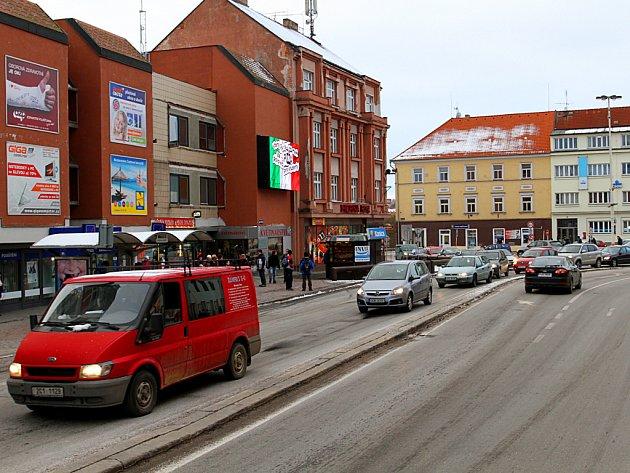 Swietelsky sestavuje dovolání k ÚOHS proti výběru vítěze na opravu Křižíkova náměstí.