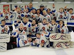 Mladí Kohouti na úspěšném turnaji v Hokejovém centru Pouzar.