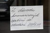 Koronavirová opatření zastavila život v Soběslavi, o posledním říjnovém víkendu bylo jindy pulzující město liduprázdné.