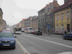Ilustrační foto. Doprava v Budějovické ulici v Táboře.