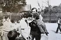 Mezinárodní den dětí na jistebnické základní škole v roce 1978.