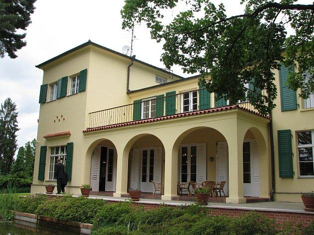 Benešova vila v Sezimově Ústí.