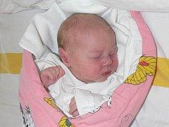 SOFIE BRÁZDOVÁ ZE STŘEZIMÍŘE. Narodila  se 9. května ve 14.34 hodin s váhou 3380 g a mírou 51 cm. Doma  na ni čeká sestřička Linda  (6).