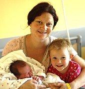 AMÁLIE KREJČÍ Z TÁBORA.  Narodila se jako druhá dcera v rodině 18. června ve 14.28 hodin.  Vážila 3620 g, měřila 49 cm a má sestru Rozálii.