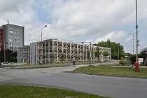 Návrh parkovacího domu na sídlišti nad Lužnicí v Táboře.