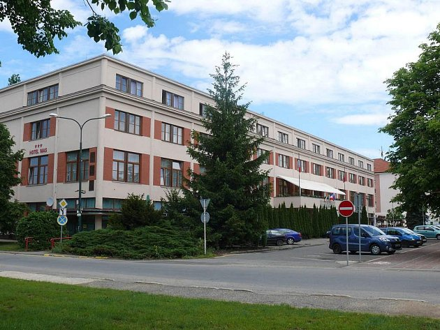 Hotel v Sezimově Ústí.