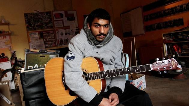 V Cheironu T mohou mladí muzikanti rozvíjet svůj talent.