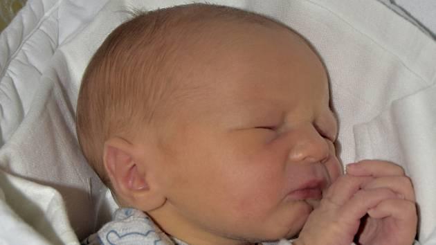 Filip Leibl ze Sezimova Ústí. Na svět přišel 15.února 2019 ve 22.27 hodin. Vážil 3180 gramů, měřil 49 cm a má sestřičku Nikolku,které je sedm let.