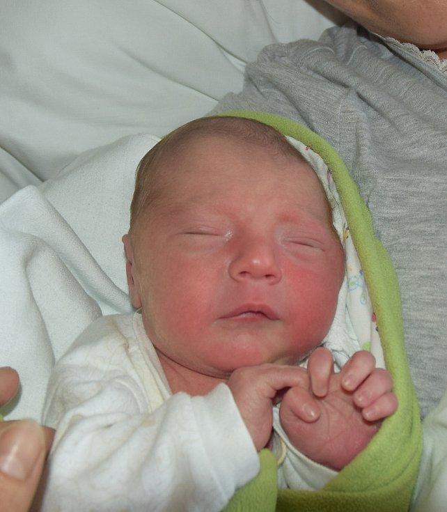 Vít Sedláček z Mažic.   Rodiče Petra a Michal se svého prvorozeného syna dočkali 3. října minutu před desátou hodinou. Po narození byla jeho váha 3210 gramů.