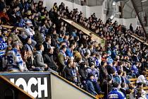Táborští hokejoví fanoušci.