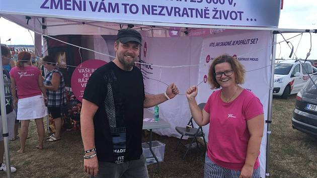 Jakub Krupa a Jana Lacinová z Popalky.cz se setkali při loňské preventivní akci.