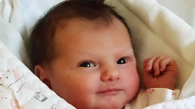 Emma Strnadová z Dobřejic u Malšic. Narodila se 17.června 2020 v 11. 29 hodin jako druhá dcera rodičů Martiny a Michala. Vážila 2990 gramů, měřila 48 cm a doma má sestřičku Sofinku, které jsou tři roky.