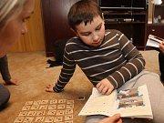 Chvílí klidu si rodiče autistických dětí mnoho neužijí.