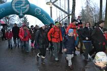 Běh stříbrnou stezkou znovu bavil i pomáhal. Nechybělo u toho 144 běžců všech věkových kategorií.