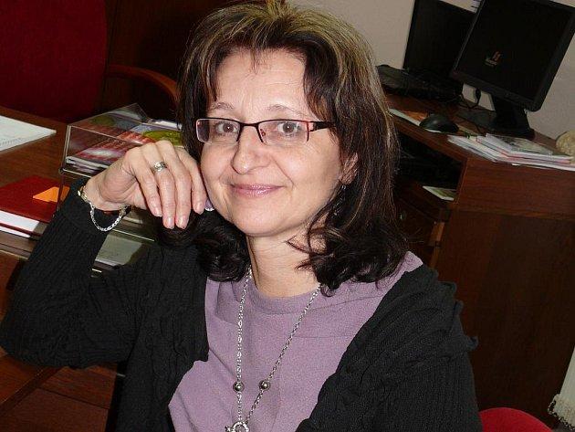 Lenka Horejsková je od listopadu loňského roku za TOP 09 místostarostkou Tábora, do jejíž kompetencí patří správa městských lesů, odbory kultury a cestovního ruchu, vnitřních věcí a životního prostředí. Dále knihovna a technické služby.