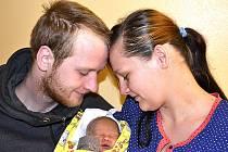 ONDŘEJ DVOŘÁK Z PLANÉ NAD LUŽNICÍ. Narodil se 10. října jako první dítě rodičů Magdy a Jiřího. Vážil 3360 g a měřil 49 cm.