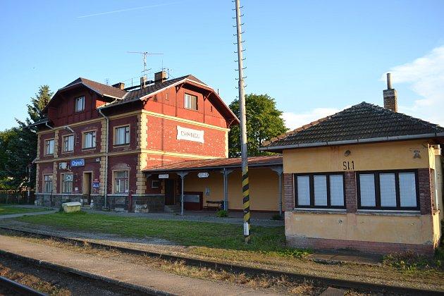 Čekárna na nádraží v Chýnově je otvevřeno pouze v zimním období.
