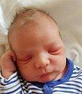 Tomáš Porth z Prahy. Narodil se 20. listopadu v 15.49 hodin s váhou 3820 gramů a mírou 50 cm. Doma už má téměř čtyřletou sestřičku Amálku.