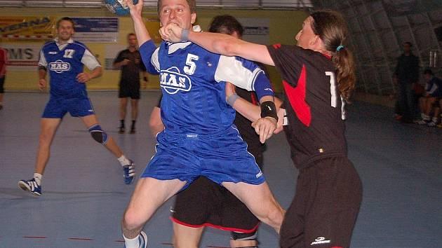 Házenkáři Sezimova Ústí zítra zapečetí druholigovou sezonu zápasem ve Starém Plzenci.