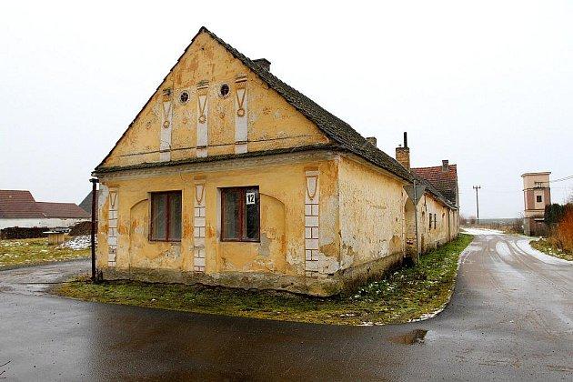 Bývalá kovárna ve Vlastiboři.