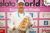 Jiří Hochman se svou zmrzlinou na evropské soutěži Gelato World Tour.