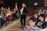Součástí doprovodného programu k výstavě Jitex 70 - Dozvuky v Bechyni byla i módní přehlídka a povídání z historie.