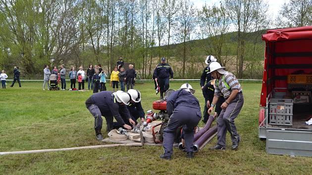 Okrsková soutěž v požárním sportu hasičského okrsku Mladá Vožice.