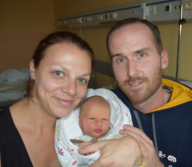 Rostislav Bednář z Choustníku.  Narodil se 23. října ve 3.51 hodin. Vážil 3280 gramů, měřil 52 cm a je prvorozeným synem rodičů Venduly a Martina.
