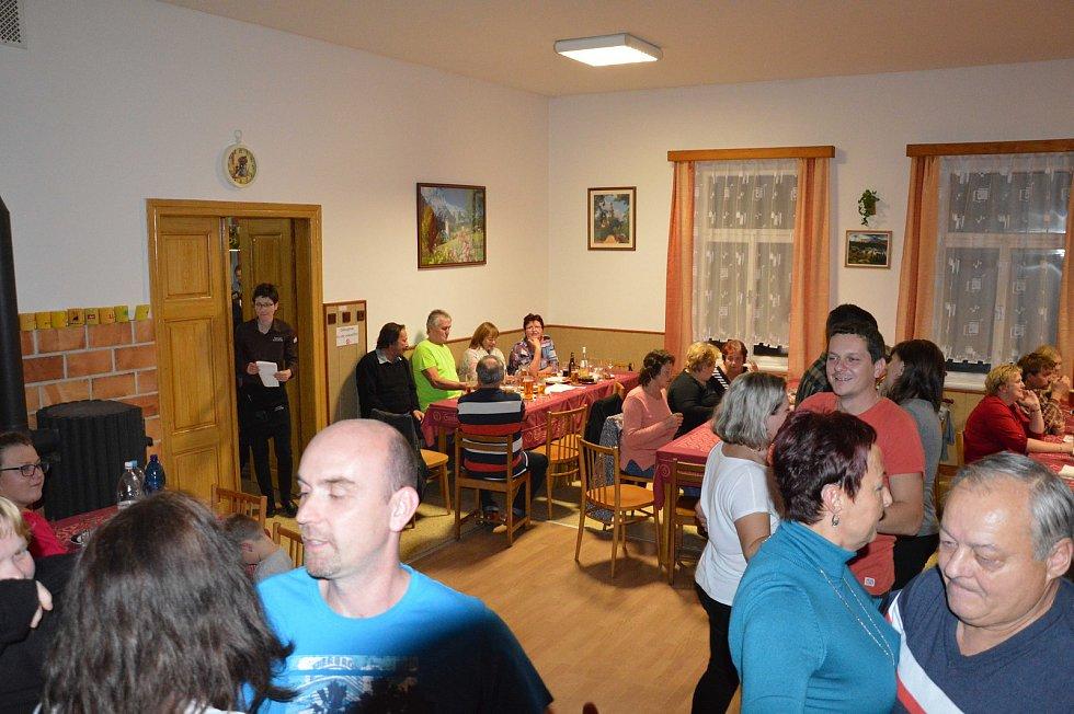 V hostinci u Basíků v Kloužovicích bylo o víkendu živo.